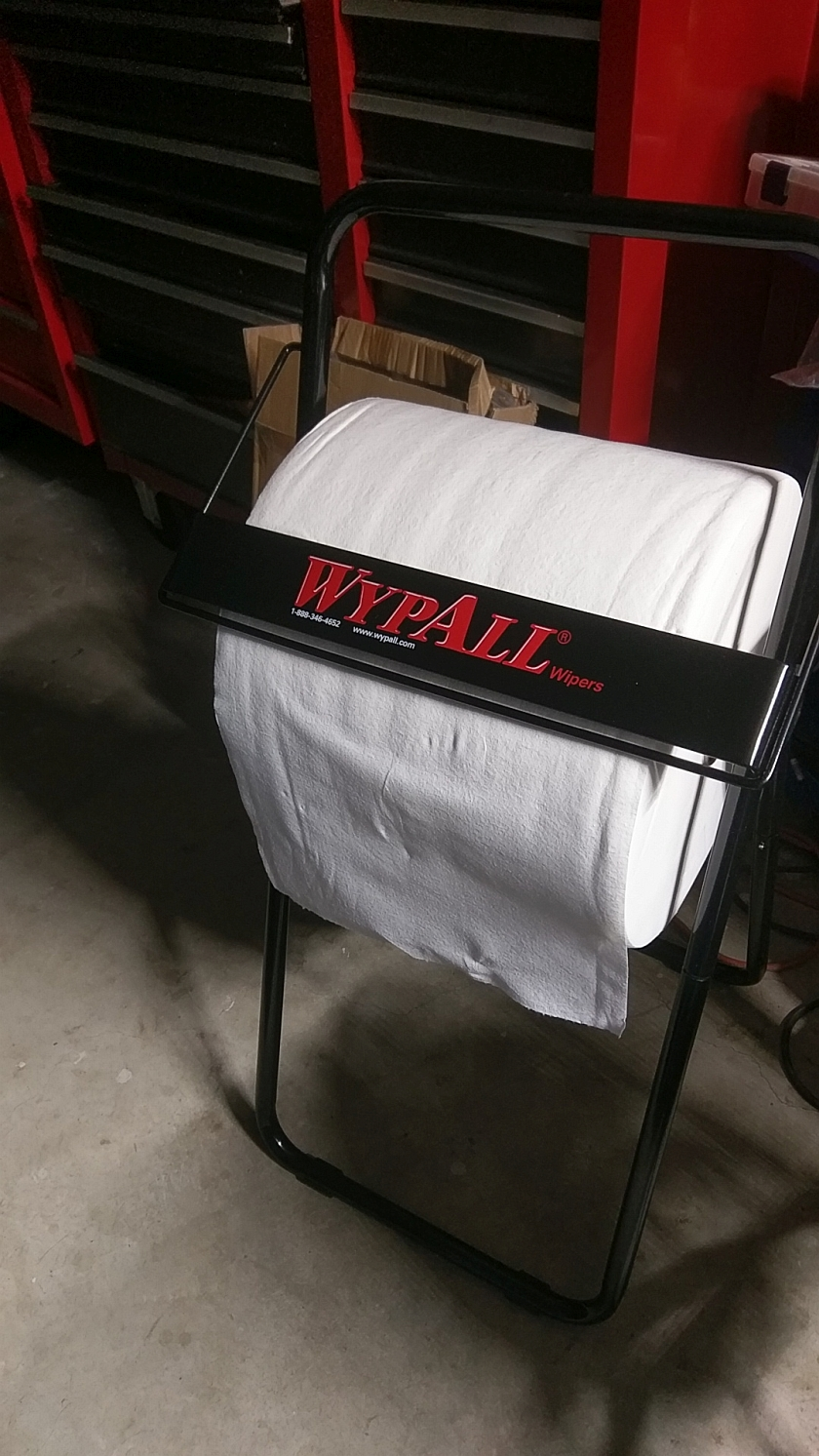 WypAll L30 Towels and Dispenser